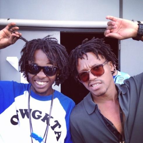 Photo des rappeurs Mike G et Lupe Fiasco avec des dreads courtes